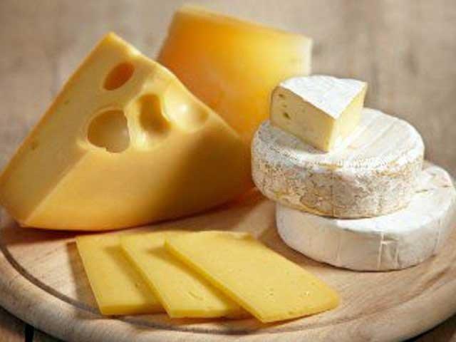 پنیر کھائیں اور جگر کے کینسر سے بچیں