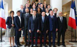 ایمنوئل ماکخوں نے وزیر اعظم عیدوا فلیپ کی مشاورت سے عبوری کابینہ کا اعلان کر دیا