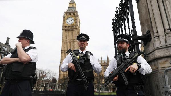 لندن میں تین مشتبہ عورتیں انسداد ِدہشت گردی قانون کے تحت گرفتار