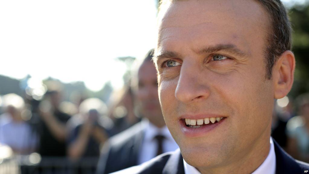 فرانس : میکرون نے پارلیمنٹ میں اکثریت حاصل کر لی