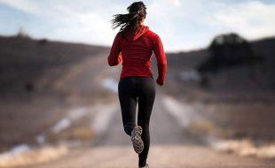 خواتین صرف ایک منٹ دوڑ کر بھی ہڈیاں مضبوط بنا سکتی ہیں