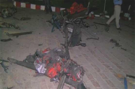 لاہور: آؤٹ فال روڈ پر کھڑے ٹرک میں دھماکہ، ایک شخص جاں بحق، 39 زخمی