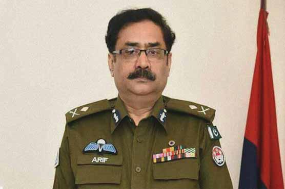 آئی جی پنجاب کی زینب کے اہلخانہ سے ملاقات، ملزم جلد گرفتار کرنے کی یقین دہانی