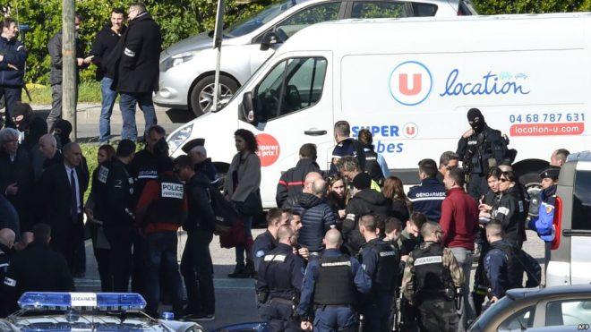 فرانس کی سپر مارکیٹ پر دہشت گرد حملے میں چار افراد ہلاک