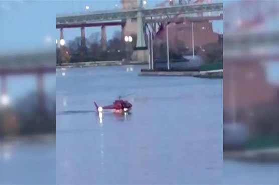 نیویارک: مین ہٹن کے دریا میں ہیلی کاپٹر گر کر تباہ، 5 افراد ہلاک