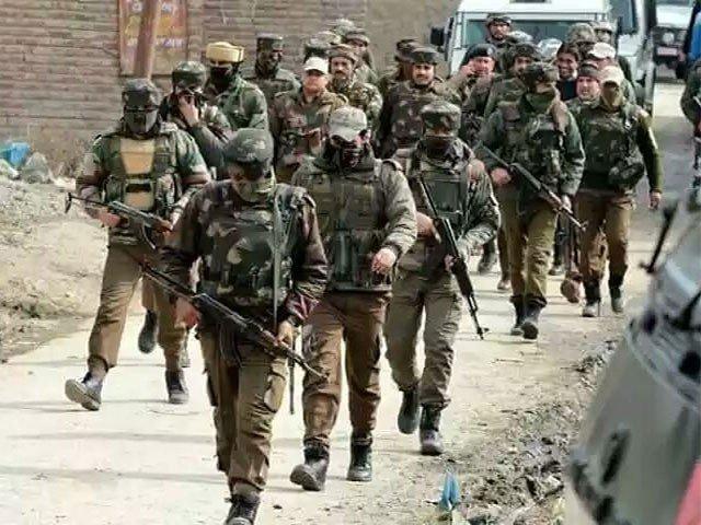 مقبوضہ کشمیر میں بھارتی فوج نے مزید 4 کشمیری نوجوانوں کو شہید کر دیا