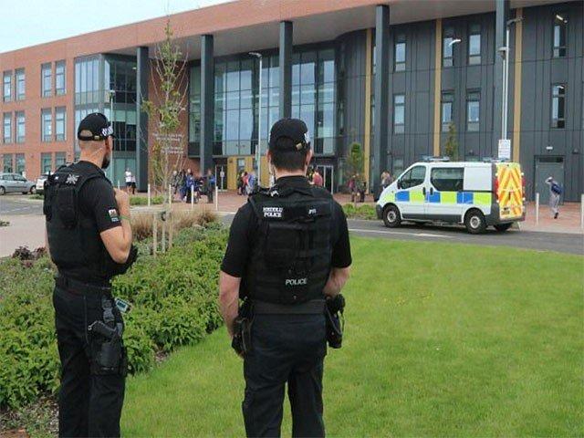 برطانیہ میں سیکورٹی خدشات کے سبب اسکولوں کو بند کر دیا گیا
