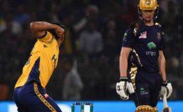سنسنی خیز مقابلے کے بعد پشاور زلمی نے کوئٹہ کو 1 رن سے مات دے دی