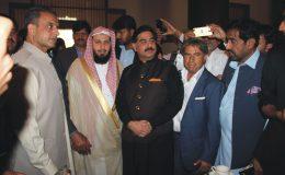امام کعبہ ڈاکٹر الشیخ صالح بن محمد آل طالب کے اعزاز میں معروف سیاسی و سماجی شخصیت راجہ شمشاد حسین کی طرف سے ناشتہ کا اہتمام کیا گیا