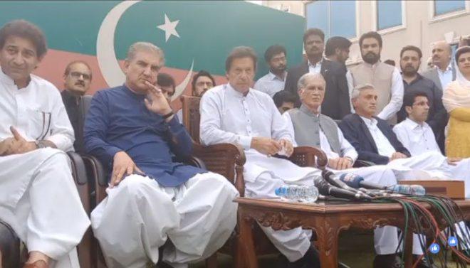 عمران خان کا سینیٹ الیکشن میں ووٹ بیچنے والے ارکان کو شوکاز نوٹس دینے کا اعلان