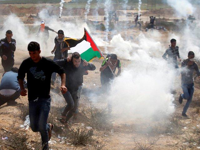 فلسطینیوں کے قتل عام کی ٤٢ ویں برسی اسرائیل کی وحشیانہ فائرنگ ١٥ شہید ١٤٠٠ زخمی
