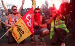 فرانسیسی صدر میکرون کی پالیسیوں کے خلاف پرتشدد مظاہرے