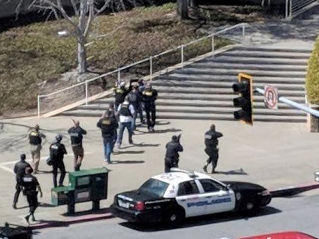 امریکا میں یوٹیوب ہیڈکوارٹر میں فائرنگ سے ایک شخص ہلاک، 4 زخمی