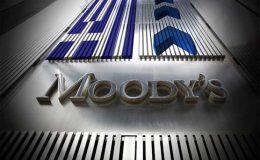 پاکستان میں سیاسی عدم استحکام معیشت کو دھچکا دے سکتا ہے، موڈیز