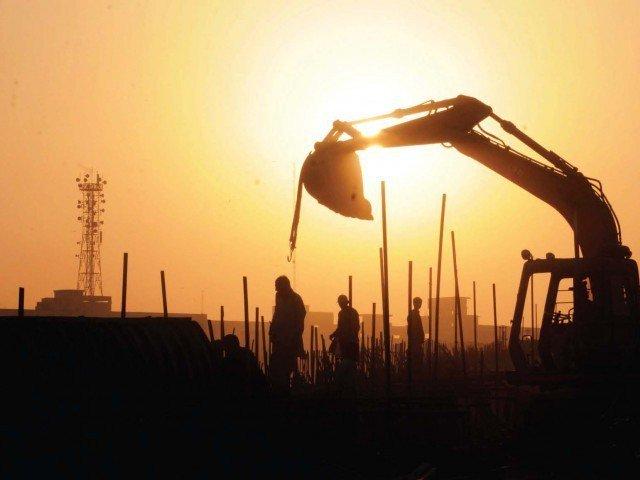 حکومت مدت ختم ہونے سے قبل 65 ارب کے ترقیاتی فنڈز ریلیز