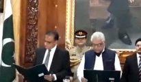 نگراں وزیراعلیٰ خیبر پختونخوا جسٹس (ر) دوست محمد خان نے حلف اٹھا لیا