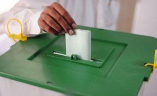 انتخابی بخار اپنے عروج پر