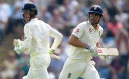 لیِڈز ٹیسٹ: پہلے دن کا کھیل ختم، انگلینڈ کے 2 وکٹ پر 106 رنز