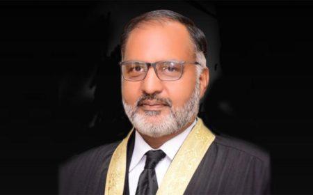 جسٹس شوکت عزیز صدیقی کا اپنے بیان کی تحقیقات کے لیے کمیشن بنانے کا مطالبہ