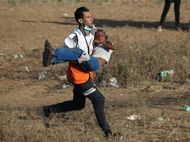 اسرائیلی فوج کی فائرنگ سے ایک فلسطینی شہید، سیکڑوں زخمی